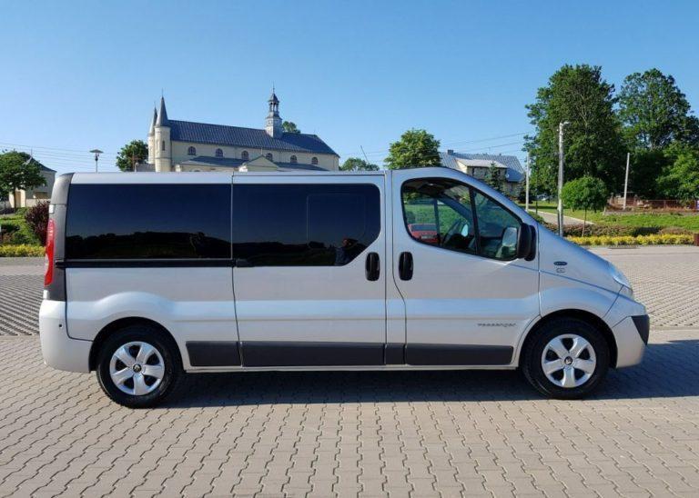 transport persoane minibus constanta